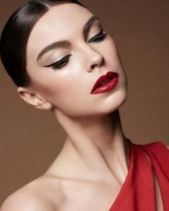 Maquiagem para reveillon - Look3 Vermelho